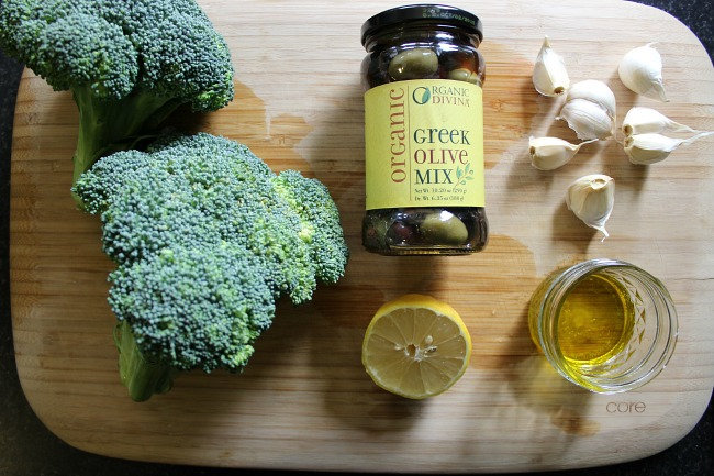 Roasted olives and broccoli ingredients