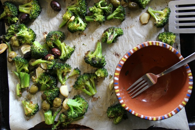 Roasted olives and broccoli3