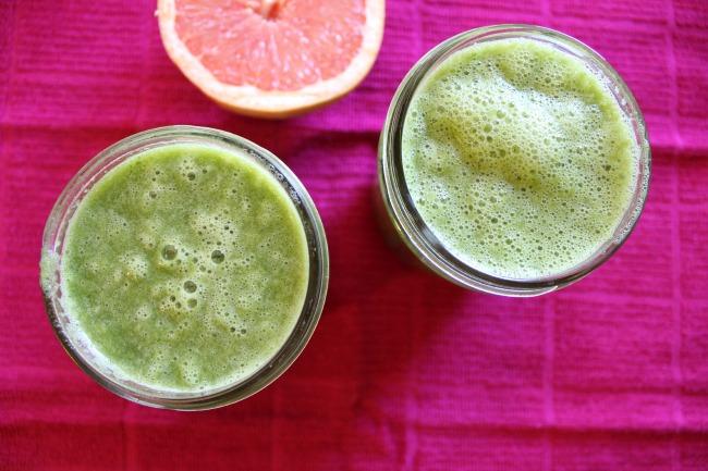 grapefruit & greens smoothie3