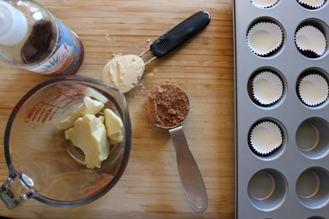 raw chocolate and maca cups